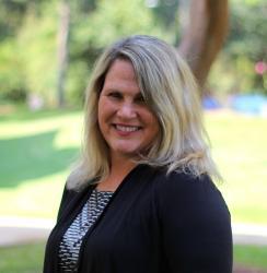 Lisa Etheridge, LCSW